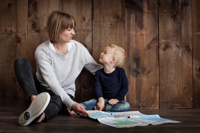 子供と女性