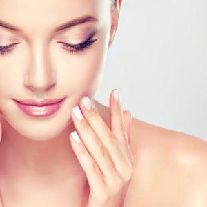 女性化粧水イメージ